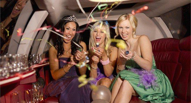 Organizzare una festa di addio al nubilato:consigli alle amiche